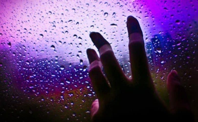 Apakah Benar Mandi Hujan Hukumnya Sunnah?