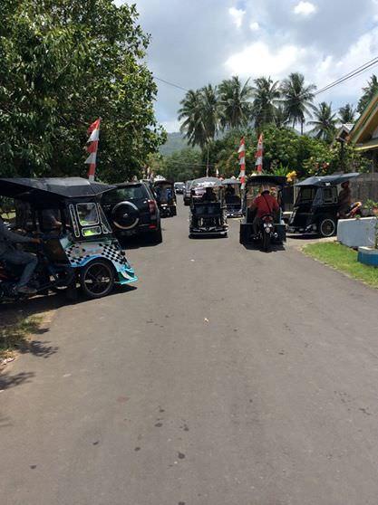 Salah satu kendaraan gaul di kota Tidore, becak motor