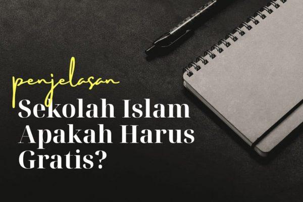 Benarkah Tidak Boleh Menarik Biaya dalam Pendidikan Islam?