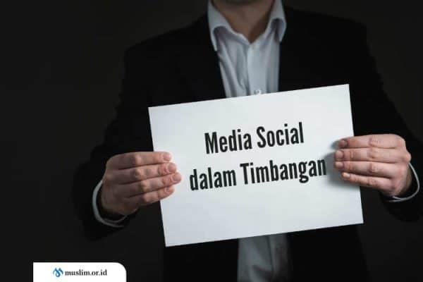 Media Social dalam Timbangan